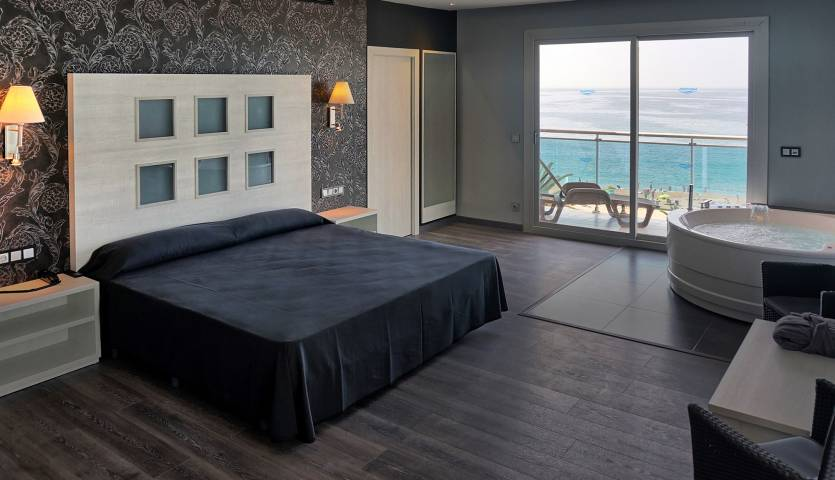 04e03-hotel-surfmar-lloret-principal.jpg