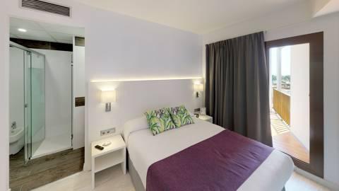 ba368-Superior-Room-Hotel-Samba-Bedroom.jpg