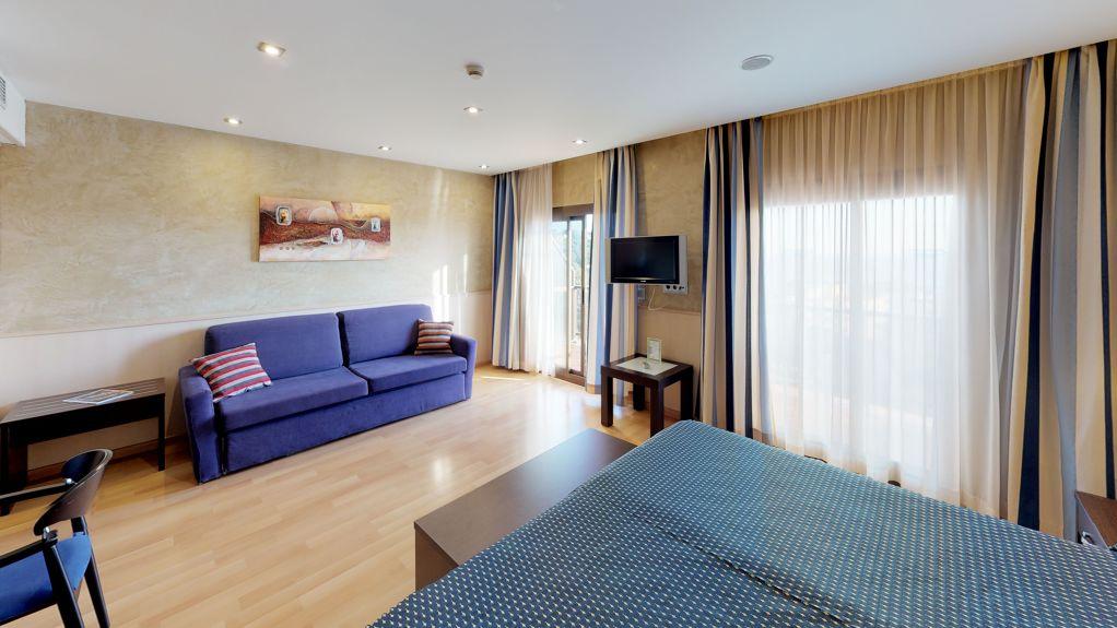 Suite Silver - 846cd-Silver-Suite-Hotel-Samba-Bedroom--1-.jpg